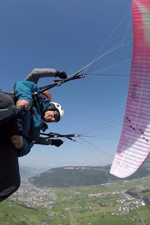 Tandem paragliding – Baerfuss Daniel