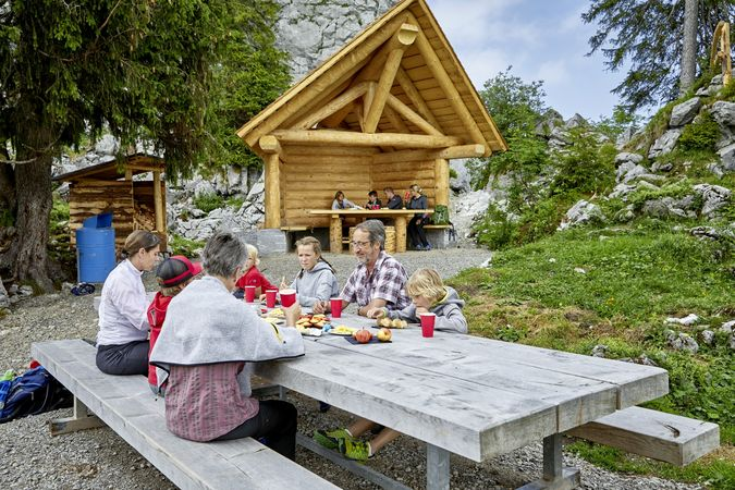 Ergglen barbecue spot, Beckenried
