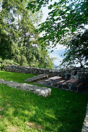 Playground Burgruine Rotzberg (castle ruins), Ennetmoos
