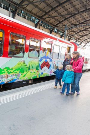 Globi-Express Luzern-Engelberg