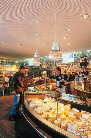 Artisan cheesemaking Engelberg