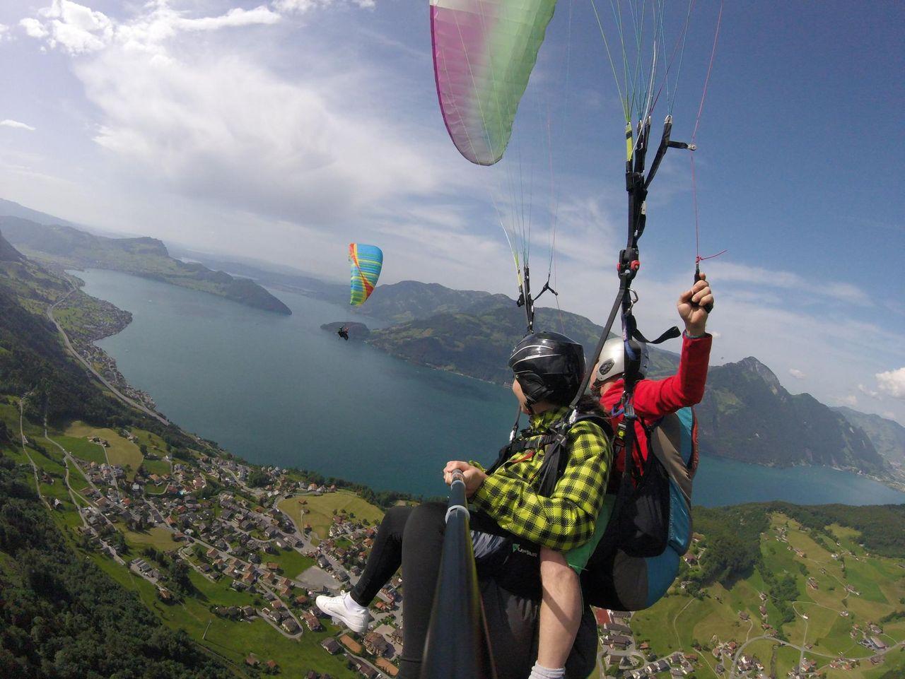 Tandem paragliding – Benno Bachmann