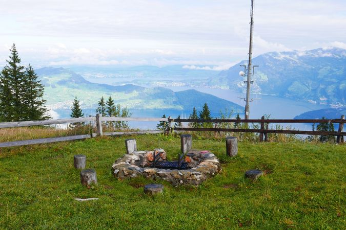 Klewenalp Lakeview barbecue spot, Beckenried