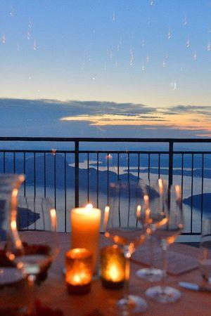 Candle Light Dinner auf dem Niederbauen
