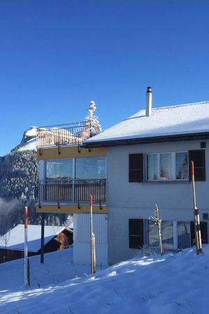 Aussichtsreiche Zimmer im Skigebiet