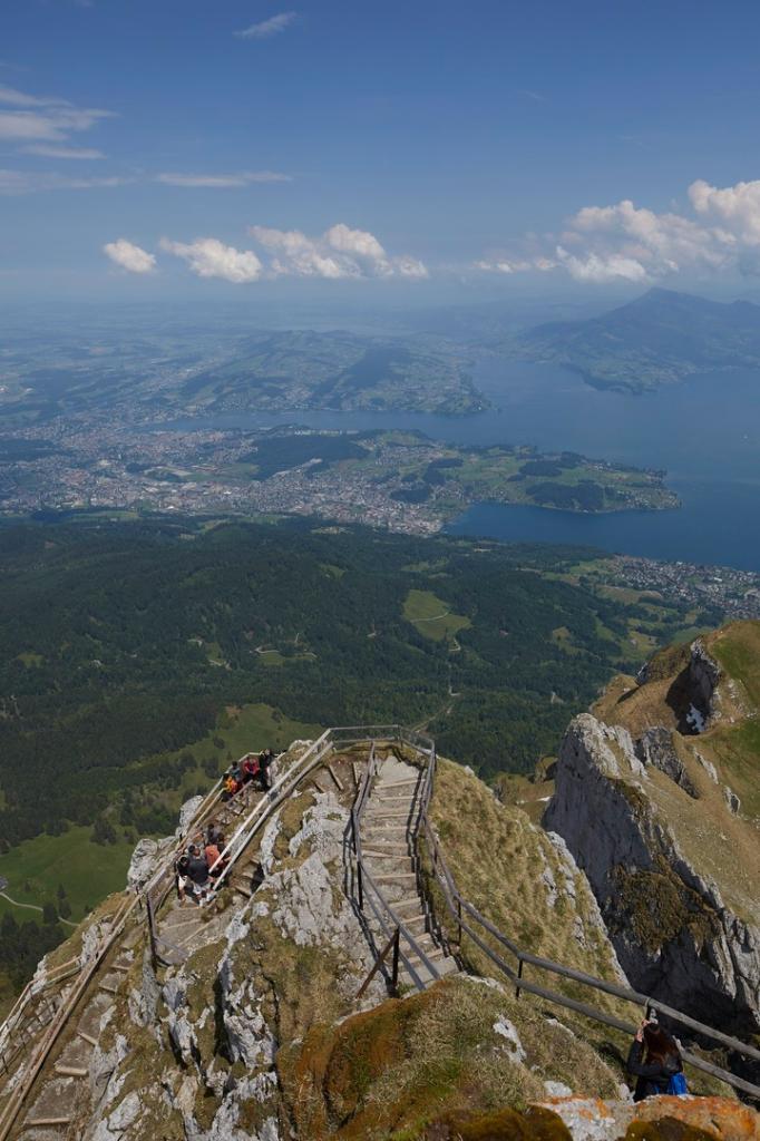 Multi-day hike from Pilatus Kulm via the Mittaggüpfi to Sörenberg