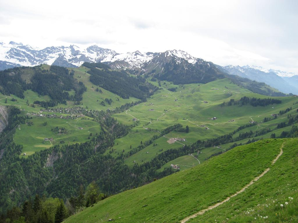 A high-altitude hike (multi-day tour)